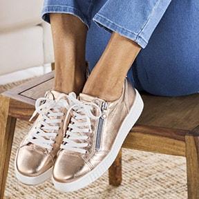Sneaker: aus weichem und nachgiebigem Velourleder | Avena