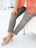 Stretch-Jeans Blütenprint