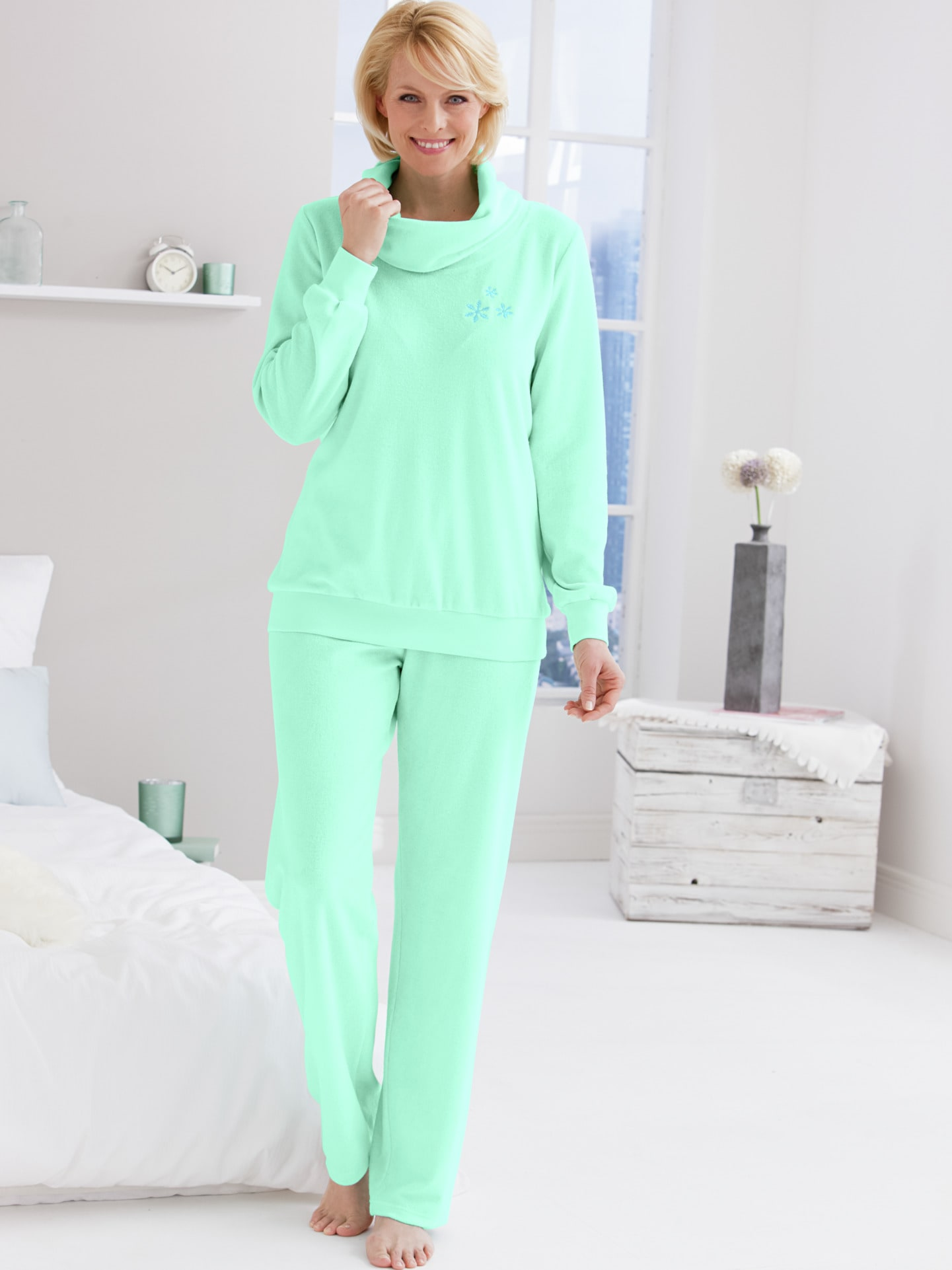 damen schlafanz ge online kaufen pyjamas avena. Black Bedroom Furniture Sets. Home Design Ideas