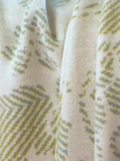 Wohndecke Kuschelweich Mint/Natur Detail 3