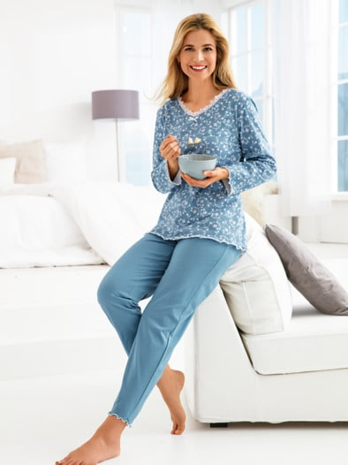 Soft-Schlafanzug Blütentraum