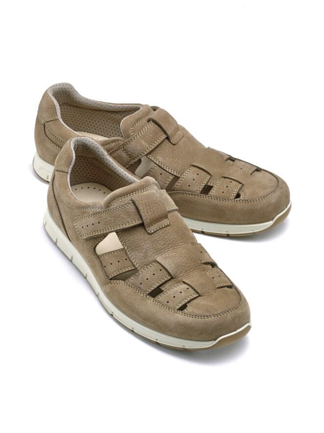 Schrittdämpfer-Sandalenschuh